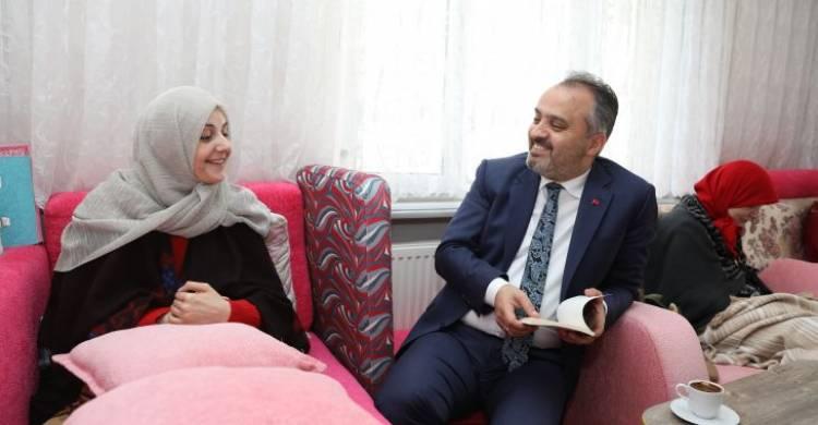 Yazar Sevda Gündüz'e Bursa Büyük Şehir Desteği